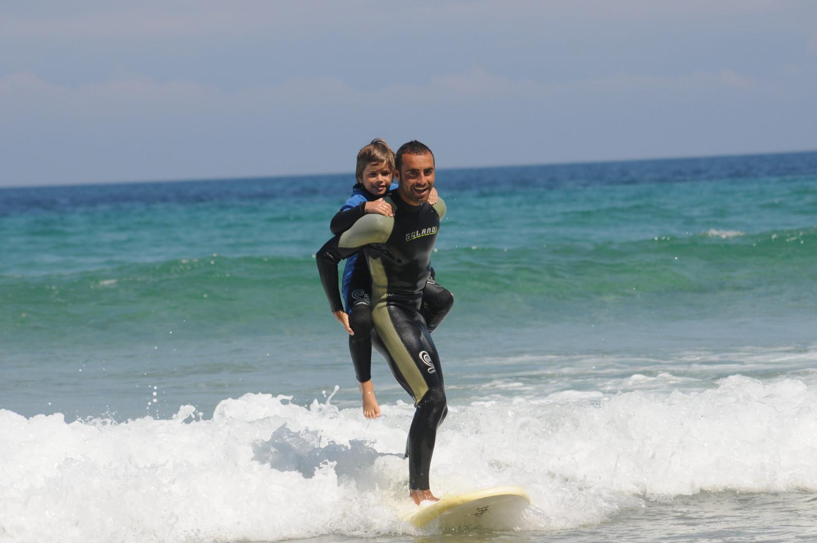 Llanes Surf Skull Escuela de surf 2c6ea075dce